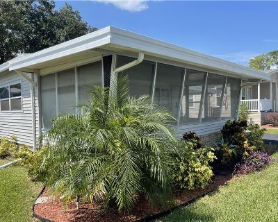 Newly Remolded Fully Furnished Move in Ready Mobile Home 2 Bedroom, 2 Bathroom, Double-Wide in Gated Waterfront Community in Leesburg FL By Barry Grimes