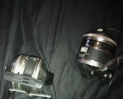 fishing rod with 3 zepco 33 and and open face reel