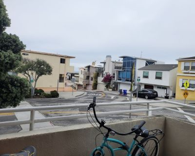 Perfect 2 bed, 2 bath, 1 block from beach and 2 blocks from restaurants and bars - Sand Section