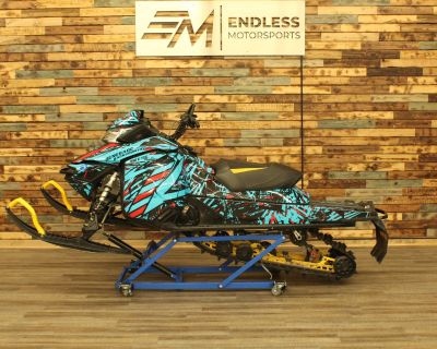 2014 Ski-Doo Renegade Backcountry X E-TEC 800R Snowmobile -Trail West Allis, WI