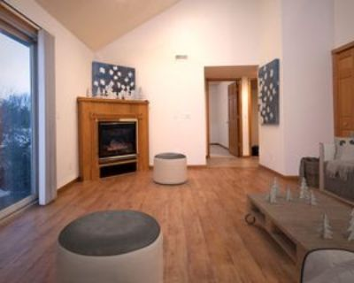 766 Wilfred Rd #B, Hudson, WI 54016 3 Bedroom Apartment