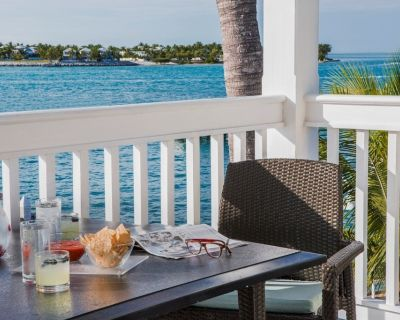 2Old Town Key West Sunset Harbor 2-Bedroom Oasis, + Amenities - Old Town Key West
