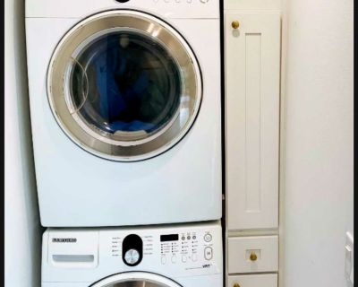 Washer and dryer stackables