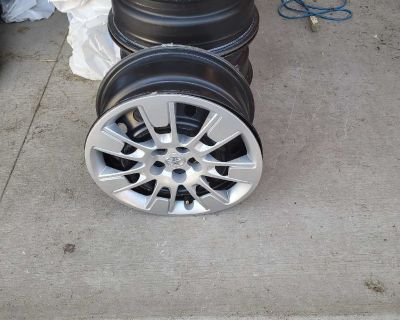 16 inch Steel rims and hubcaps from Toyota