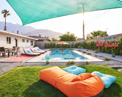 """""""The White Rabbit"""" Palm Springs--60's Inspired Pad - Palm Springs"""