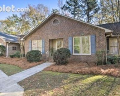 $2300 2 townhouse in Greenwood County