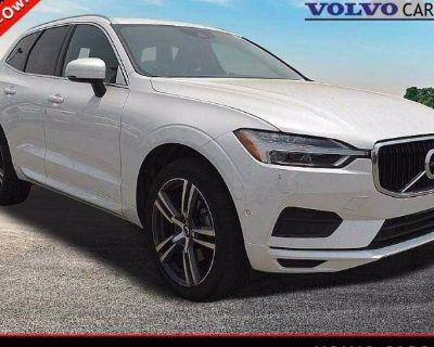 2018 Volvo XC60 Momentum