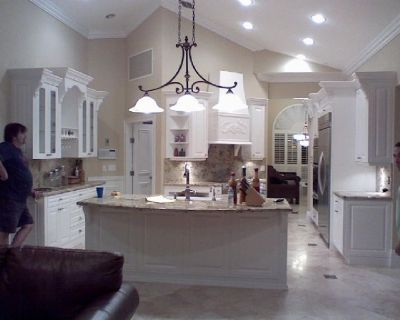 Kitchen remodeling, Cabinet Maker, Weston, Fl. Cabinet refacing