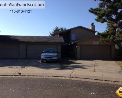 Apartment for Rent in Stockton, California, Ref# 2441374