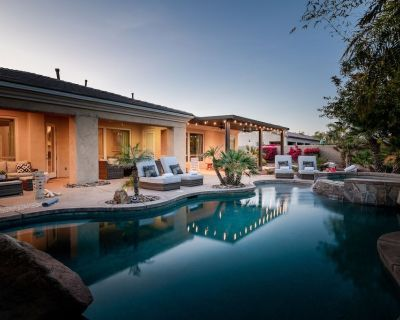 Resort Style Home Pet Friendly with Casita, Pool, Spa, Pool Table, and more! - Indio