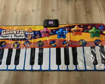 Giant floor piano / keyboard