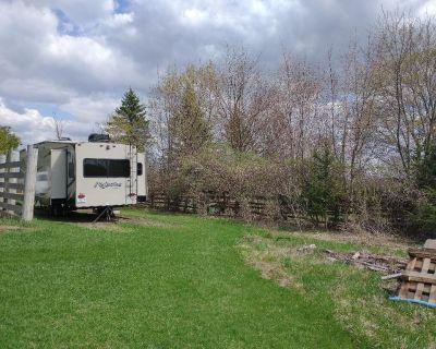 RV Parking Spot on acreage - Sutton