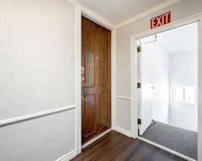 8738 Delgany Ave #305, Los Angeles, CA 90293 2 Bedroom Condo