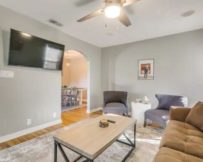 Where Cowboy Meets Culture! 2 Bed Close to Dickies Arena - Fort Worth
