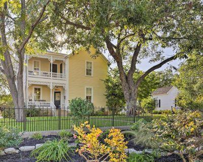Charming Fredericksburg Home-1 block from Main St! - Fredericksburg