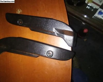 both inner cover seat 73-75 bug