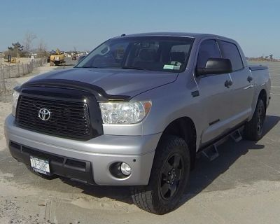FOR SALE __2010 Toyota Tundra TRD Off Road Package and Installed Level/Lift kit Silver Sky Metallic w/Grey Interior