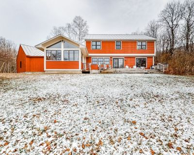 Three-story Family-friendly Home W/ping-pong & Foosball Tables, Free Wifi, View! - Mad River Valley