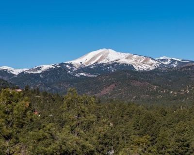 If you are looking for the best view, privacy and plenty of space then CenterVie - Ruidoso