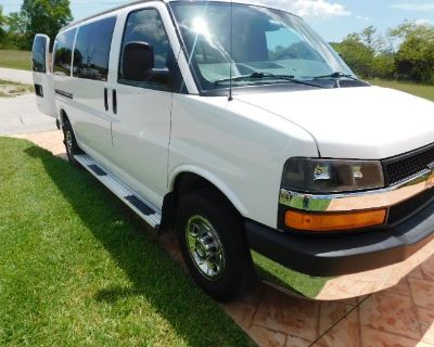 Cargo Transport Van with tools, furniture, tv, clothes, kitchen items and patio items