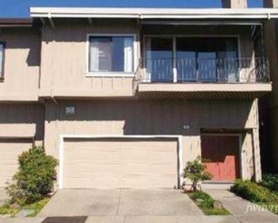 Binnacle Hill & Hiller Drive, Oakland, CA 94618 2 Bedroom Condo