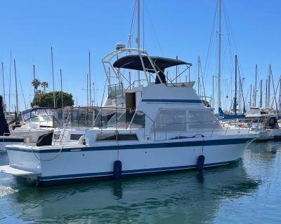 1984 Uniflite Yacht Fisherman