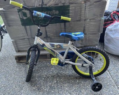 Great condition Buzz light year 16 bike
