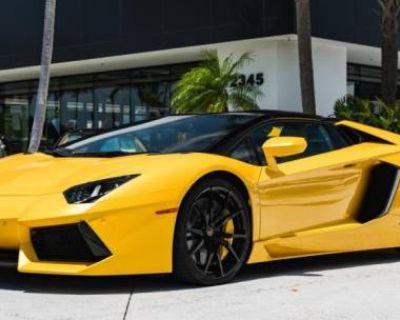 2014 Lamborghini Aventador Standard