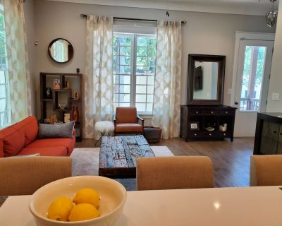 Airport Trendy Townhouse - Hapeville