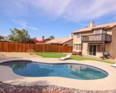 78765 La Palma Dr, La Quinta, CA 92253 4 Bedroom House