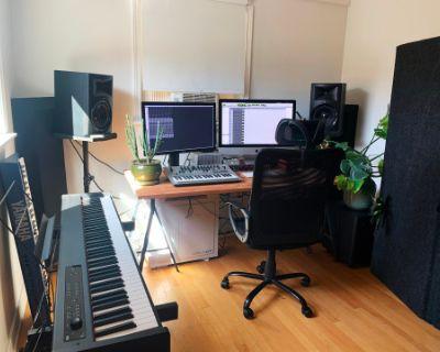 Cozy Highland Park Studio / Practice Room, Los Angeles, CA