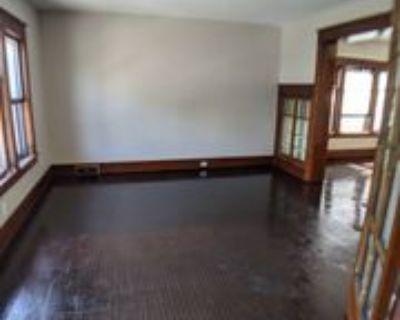 31 Custer St #UPPER, Buffalo, NY 14214 3 Bedroom Apartment