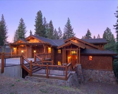 Luxurious 5000 sf Northstar Home - Incredible Game Room & Four King Bed Suites - Truckee