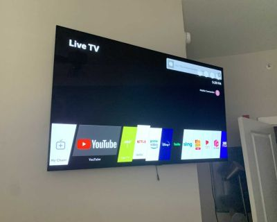 LG SMART TV ULTRA HD WITH HDR 55 inch