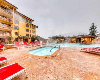 Mountain view condo in Canyons Village w/ shared pool, hot tubs, & gym - Park City