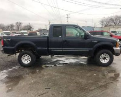 "2000 Ford Super Duty F-250 XL Supercab 142"" 4WD"