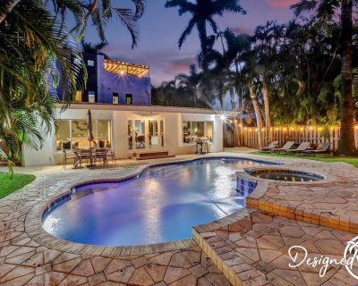 Stunning 5 BR- with POOL & Game area - Royal Poinciana
