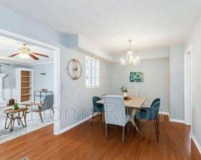 308 N Keeler St, Olathe, KS 66061 1 Bedroom House