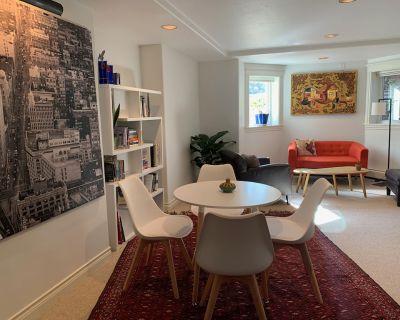 Baran s Place: Private 2 bdrm, 1 bth, renovated apt, kitchenette, Wifi, W/D - Downtown Boulder