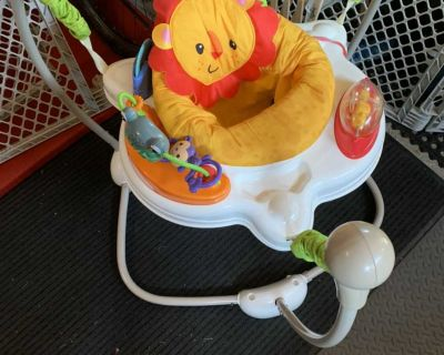 Fisher price jumper and bouncer