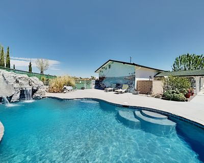 Dream Oasis with Private Pool & Outdoor Kitchen, Home Theater & EV Charger - Yucca Valley