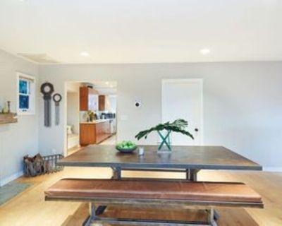 2597 Dearborn Dr #1, Los Angeles, CA 90068 3 Bedroom Apartment