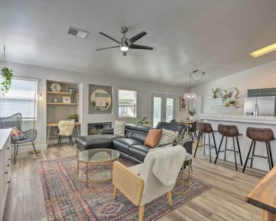 NEW! Stylish Bakersfield Getaway with Pool Table! - Bakersfield