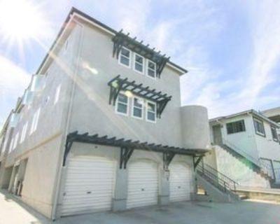 638 W Imperial Ave #3X2, El Segundo, CA 90245 3 Bedroom Apartment