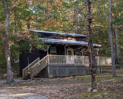 Cozy Cabins and Tent Camping near the Ocoee River in the Mountain Foothills - Benton