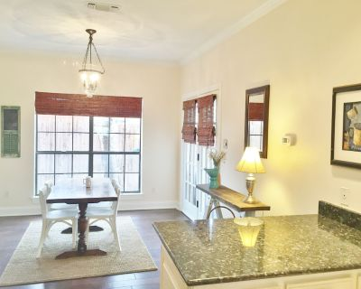 Lovely Home Steps From W 7th/Museums/Will Rogers/Cultural Dist and 2m From DT - North Hi Mount