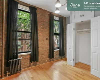 #452 Full room in Lower East Side 2-bed / 1.0-bath apartment
