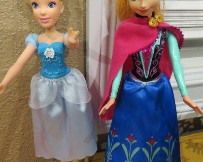 Elsa and Anna Frozen Barbie dolls