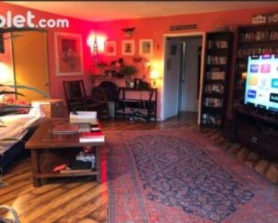 $420 1 apartment in Metro Los Angeles