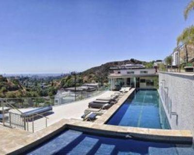 6425 Weidlake Dr, Los Angeles, CA 90068 10 Bedroom Apartment